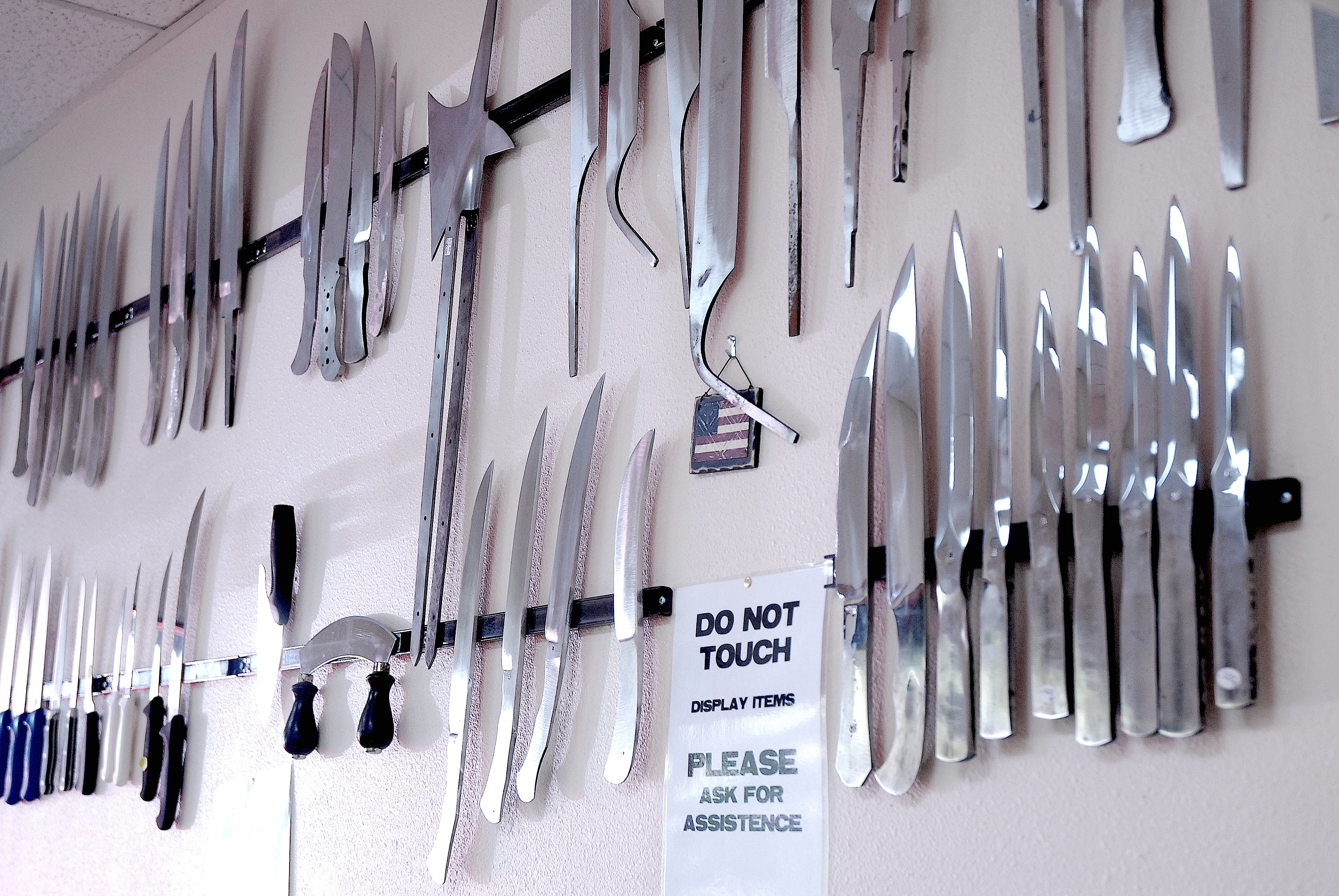 bladesmith's shop a sharp idea for ballard | westside seattle