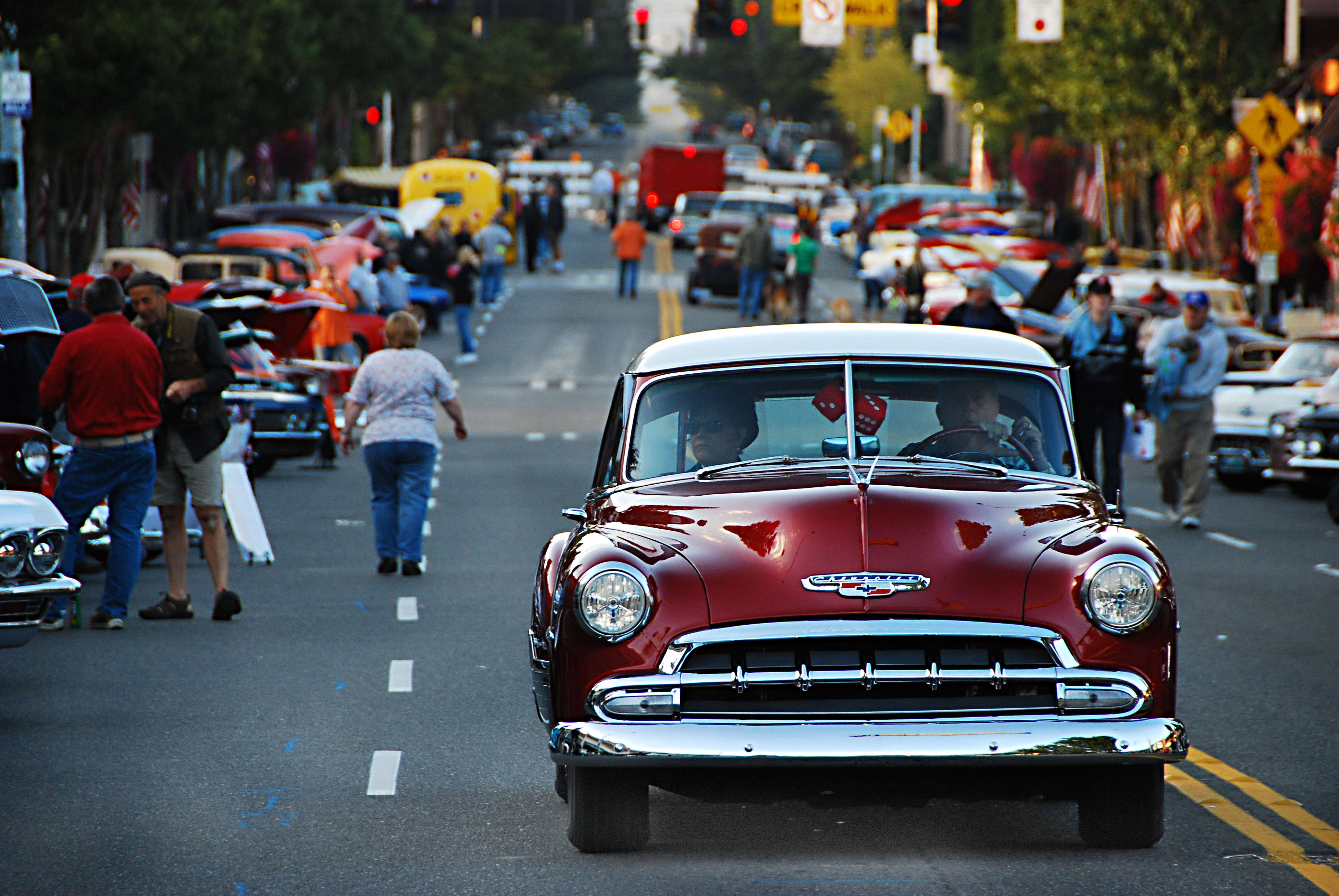 VIDEO And SLIDESHOW Junction Car Show Sees Good Weather Westside - Car show seattle