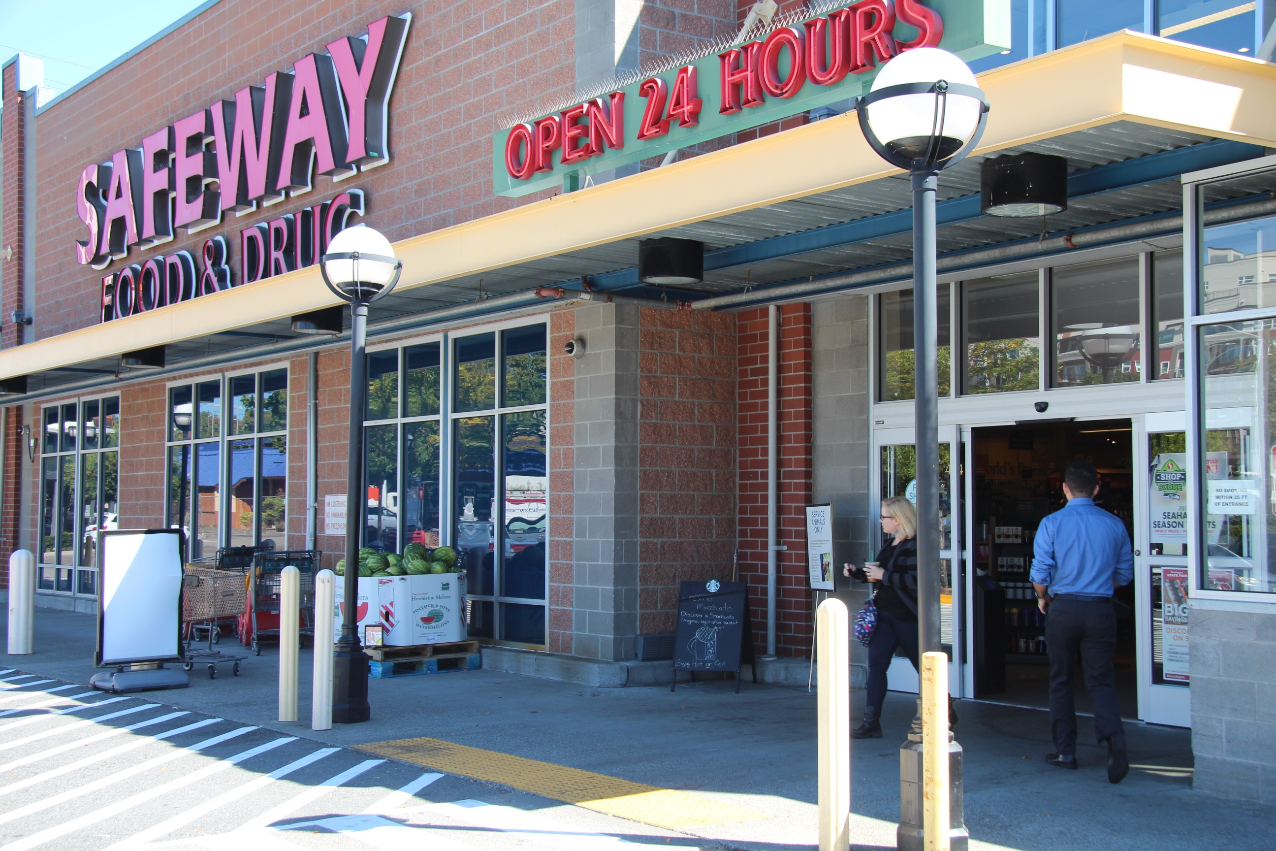 Woman works at Ballard Safeway for 12 years, fired for