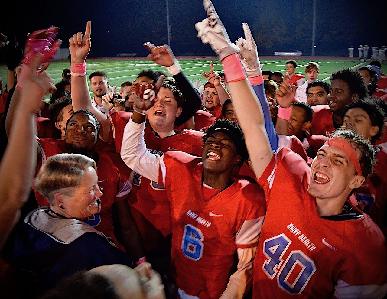 Doree and the Sealth football team